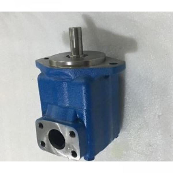 PVQ10 AER SE1S 20 C 2112 EATON-VICKERS PVQ Series Piston Pump #1 image